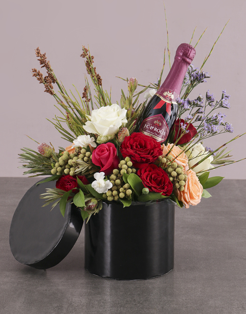anniversary: Champagne and Roses in Hatbox!