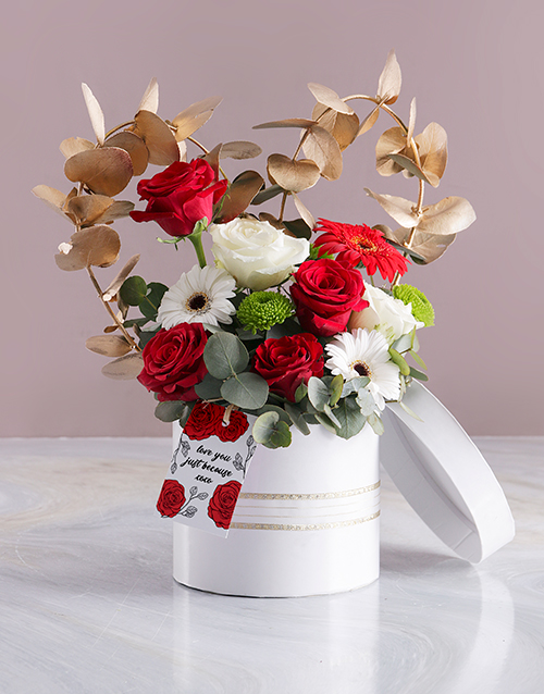 in-a-box: Love You Array in White Hatbox!