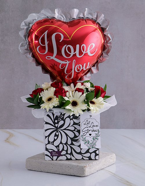 love-and-romance: I Love You Arrangement In A Box!