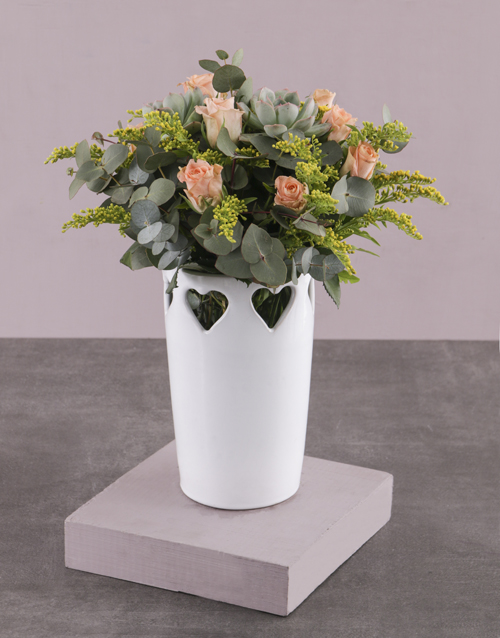 whats-new: Peach Roses in Heart Vase!