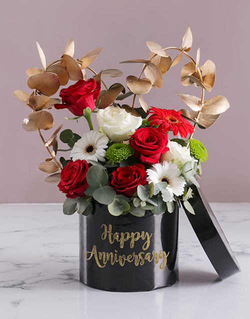 mixed: Anniversary Mixed Flowers In Hat Box!