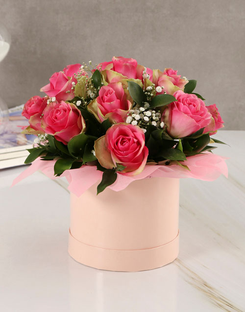 roses: Classy Roses in Pink Hatbox!