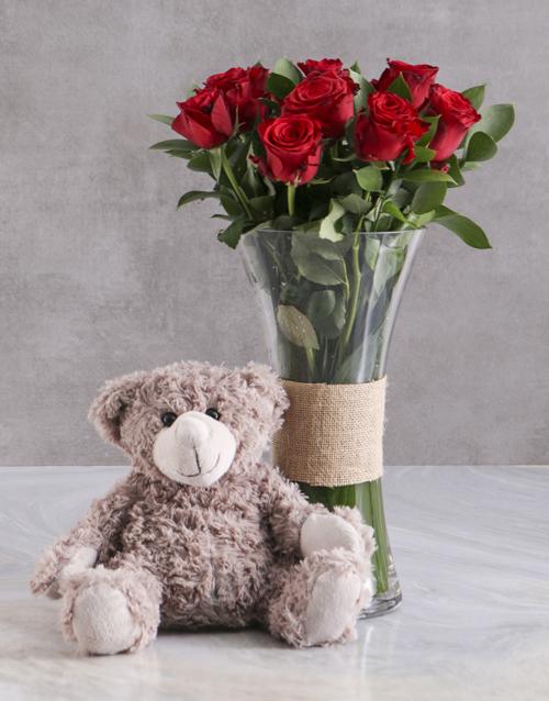 teddy-bears: Love Grow Red Roses With Brown Teddy Bear!