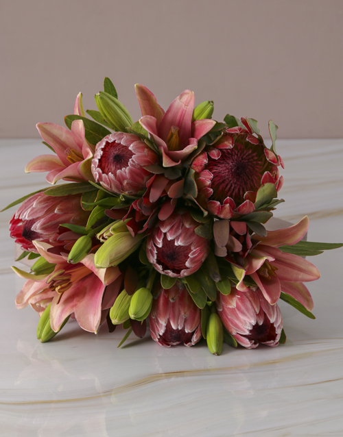 whats-new: Mixed Proteas and Pink Lilies!