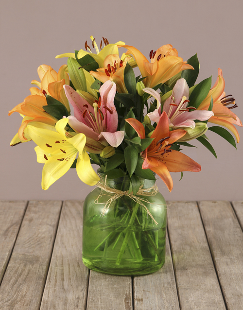 teachers-day: Mixed Lilies in Green Vase!