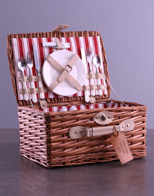 christmas: Personalised Own Message Red Picnic Basket!