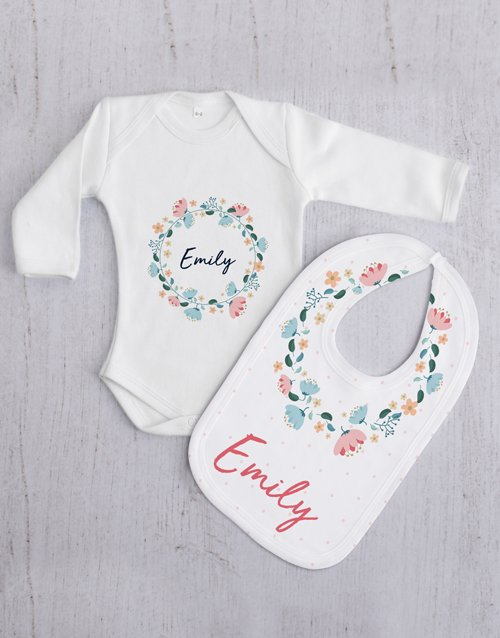 baby: Personalised Floral Wreath Baby Gift Set!