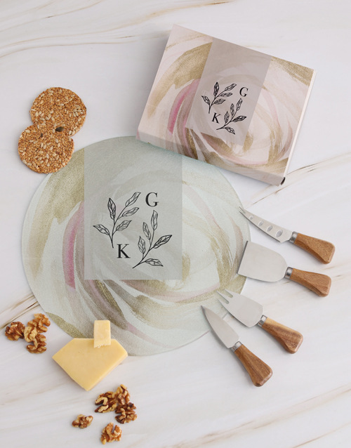 homeware: Personalised Leaves Cheese Knives!