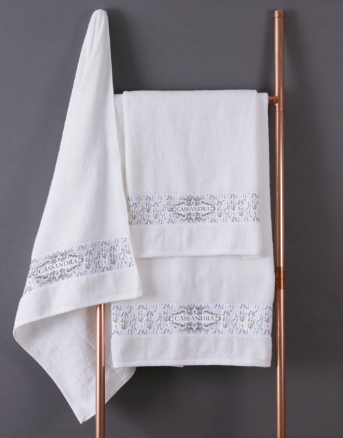 mothers-day: Personalised Vintage White Towel Set!