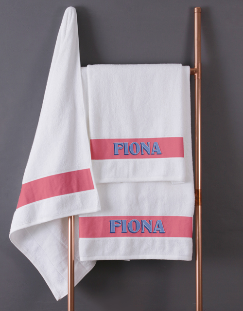 mothers-day: Personalised Bold Print White Towel Set !