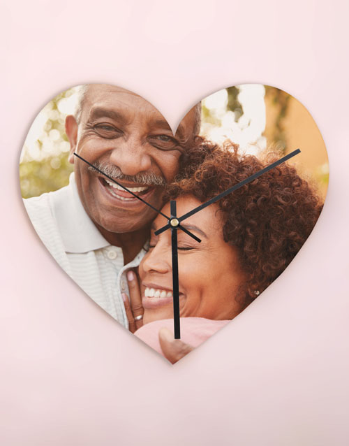 home-decor: Personalised Photo Memory Heart Clock!