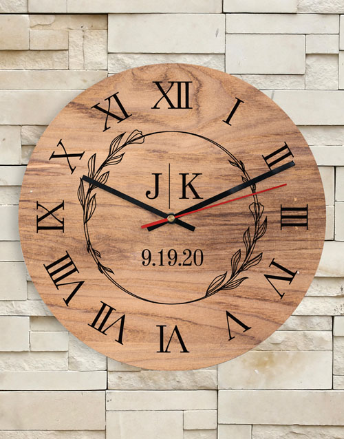 home-decor: Personalised Initials Clock!