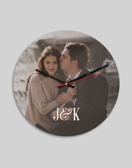 home-decor: Personalised Photo And Initials Clock!