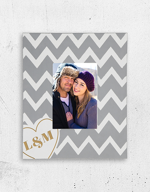 home-decor: Personalised Heart Initials Photo Frame!