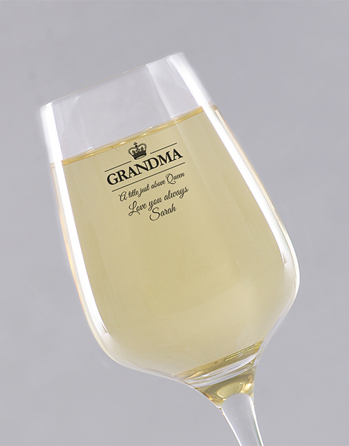 grandparents-day: Personalised Queen Grandma Wine Glass!