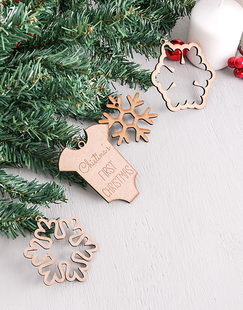 home-decor: Personalised First Christmas Decor!