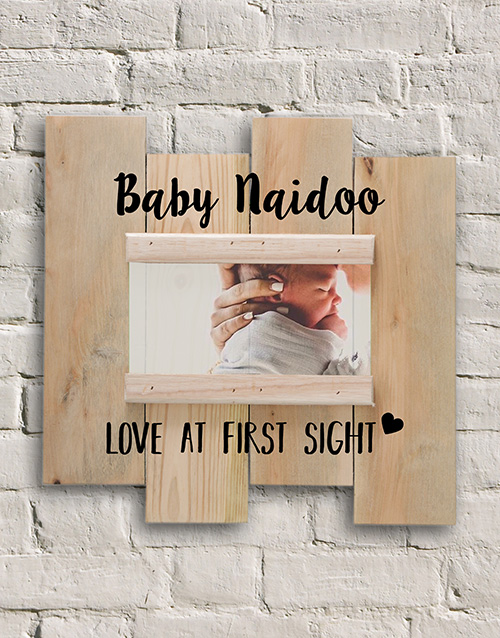 personalised: Personalised Baby Love Photo Slit Frame!