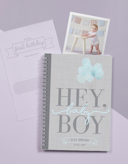 gifts: Personalised Babys First Year Journal!