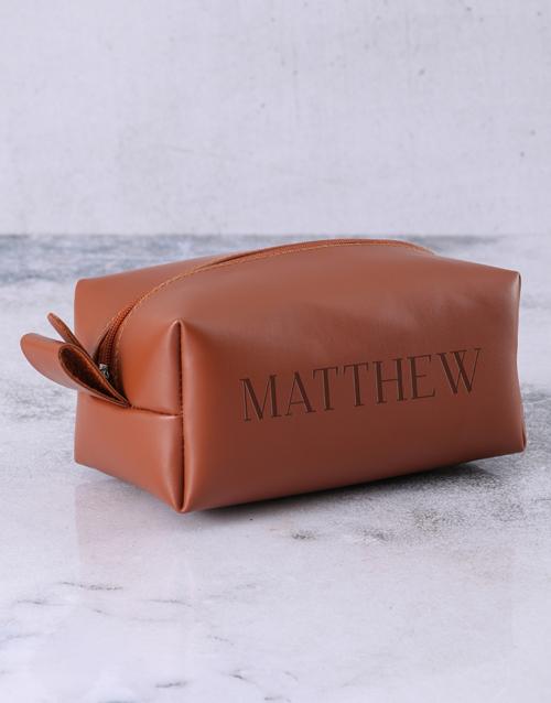 personalised: Personalised Leatherette Gents Brown Wash Bag!