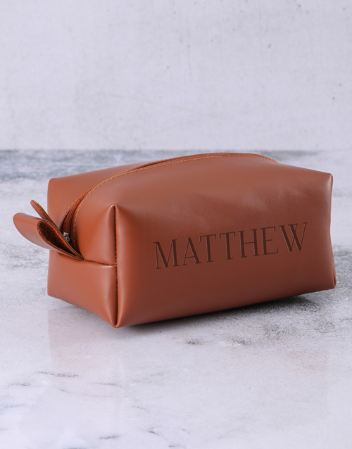 get-well: Personalised Leatherette Gents Brown Wash Bag!