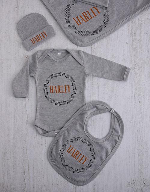 baby: Personalised Leaf Wreath Clothing Gift Set!