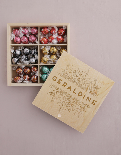 chocolate: Personalised Floral Treasure Chest!