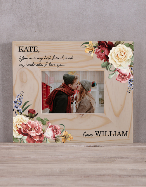 home-decor: Personalised Floral Couples Photo Frame!