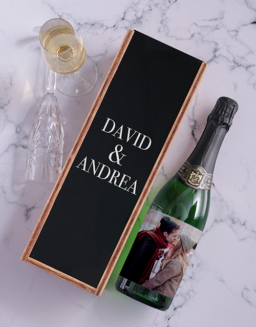 anniversary: Personalised Sparkling Wine and Crate!