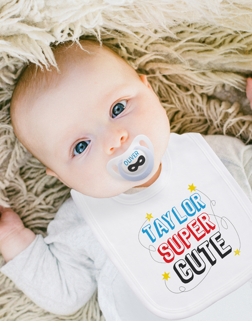 baby: Personalised Baby Hipster Clothing Set!