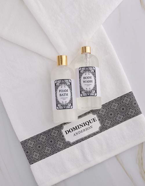 mothers-day: Personalised Damask White Towel Gift Set!