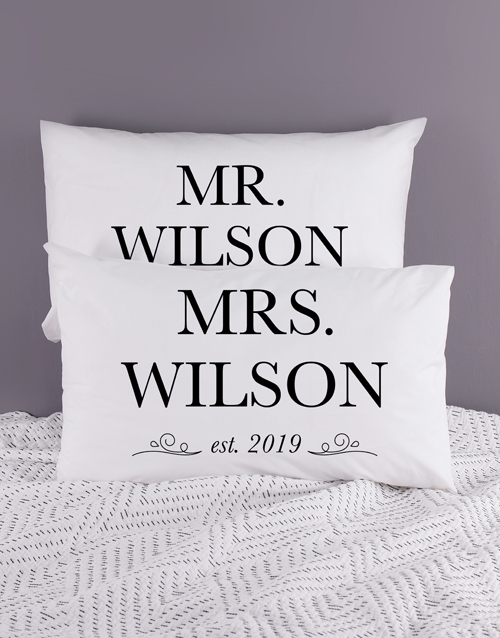 christmas: Personalised Mr and Mrs Pillowcase Set!