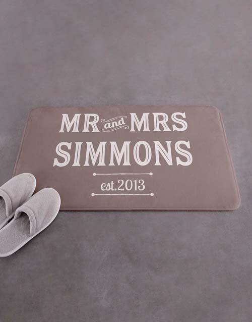 christmas: Personalised Retro Mr and Mrs Bath Mat!