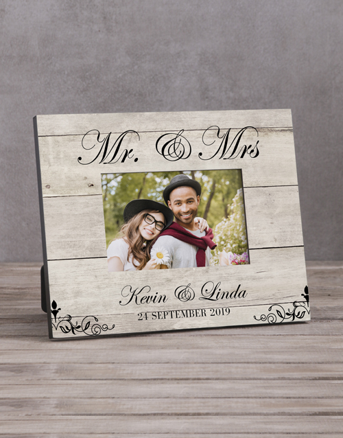 anniversary: Personalised Mr & Mrs Photo Frame!