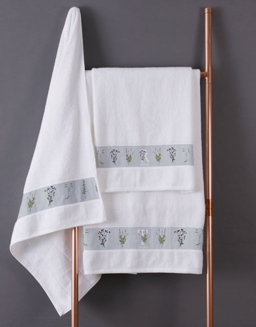 mothers-day: Personalised Green Leaves White Towel Set!