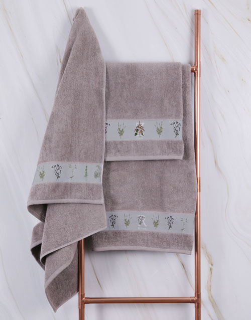 mothers-day: Personalised Green Leaves Stone Towel Set!
