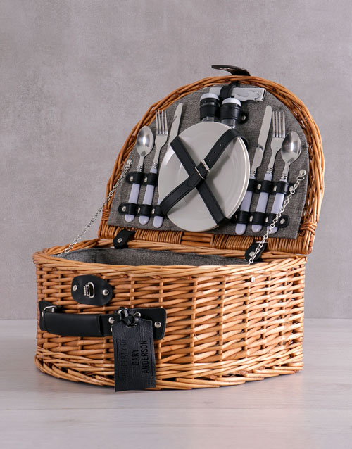 gourmet: Personalised Picnic Basket For Two!