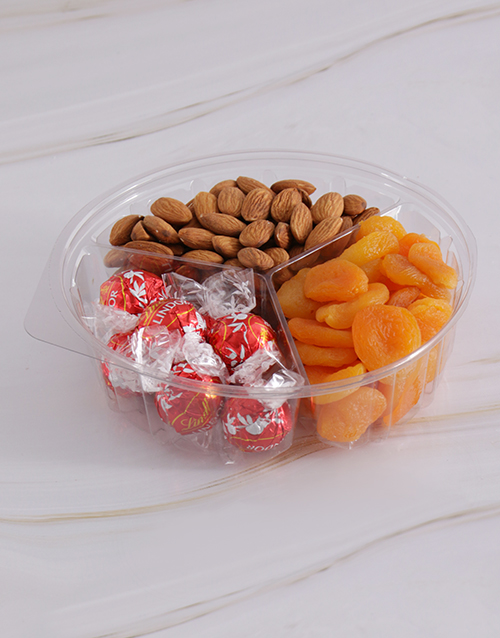snacks: Chocolate with Fruit and Nut 385g Snack Tub !