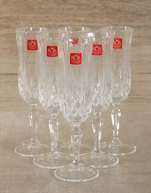 fine-alcohol: Veuve Clicquot Brut Champagne with Crystal Glasses!