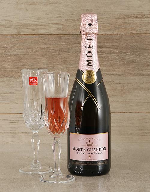 fine-alcohol: Pink Moet & Crystal Flute Glasses!