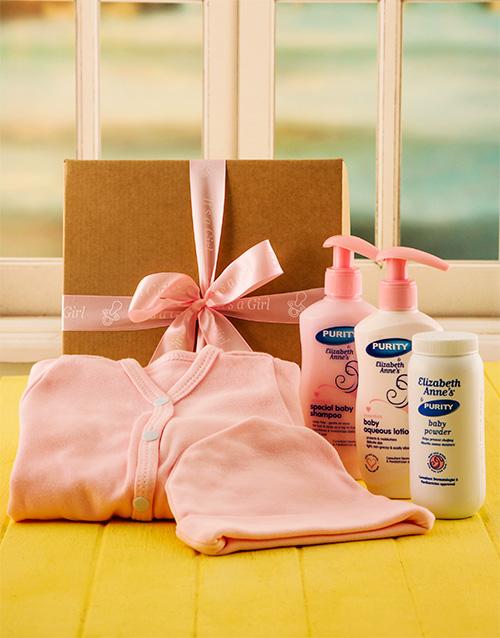 baby: Baby Girl Bed and Bathtime Gift Set!