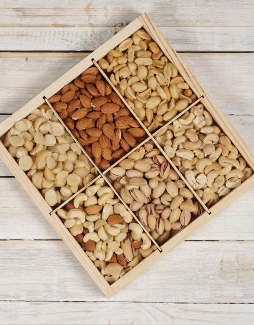 good-luck: Nut Variety Platter!