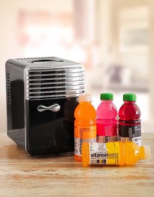 gadgets: Desk Fridge with Vitamin Water!