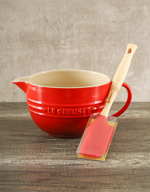 mothers-day: Le Creuset Cherry Batter Bowl and Venus Spatula!