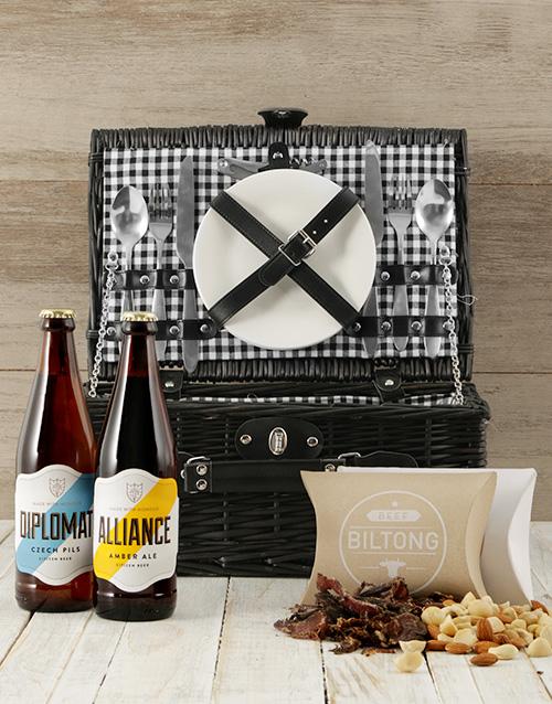 gourmet: Craft Beer Picnic Basket!