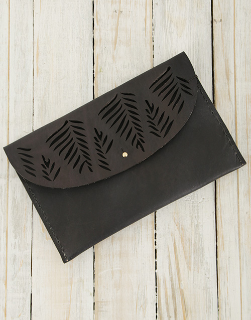 apparel: Ilundi Geometria Tropical Clutch!