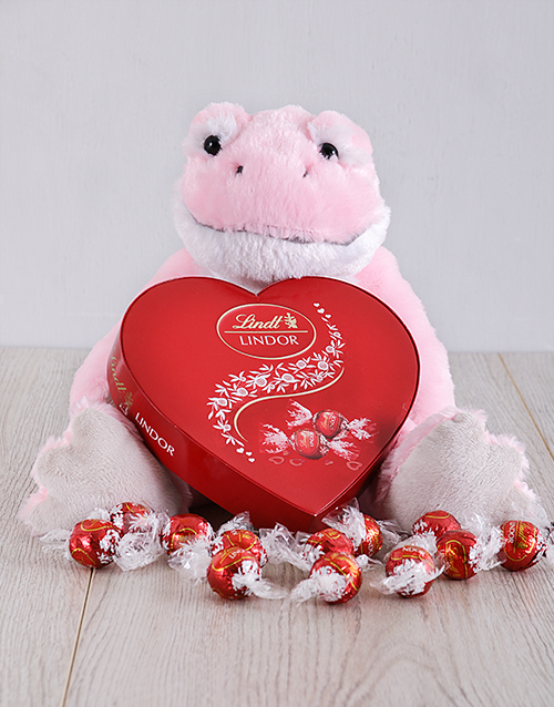 chocolate: Pink Valentines Frog and Lindor!