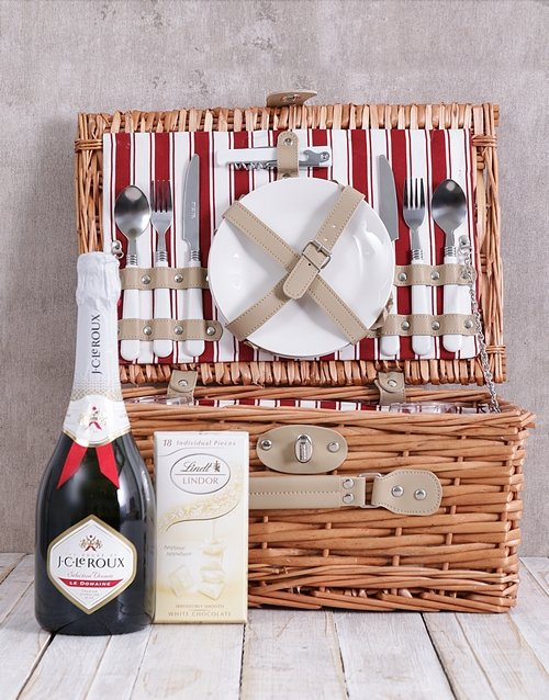 valentines-day: JC and White Lindt Picnic Basket!