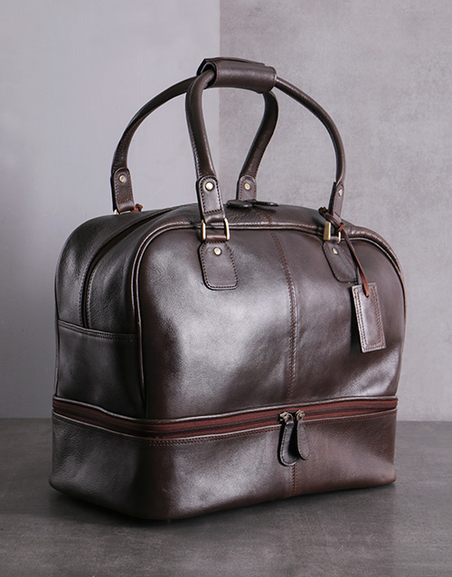 gifts: Brown Leather Golf Bag!