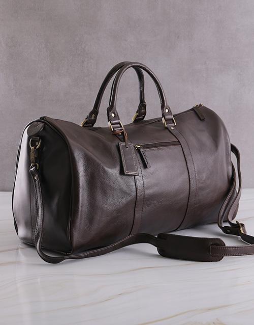 apparel: Leather Travel Bag!
