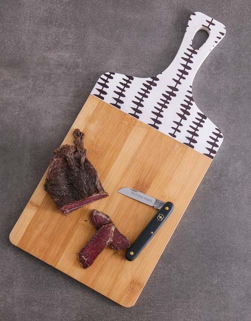 gourmet: Chopping Board and Knife Biltong Hamper!
